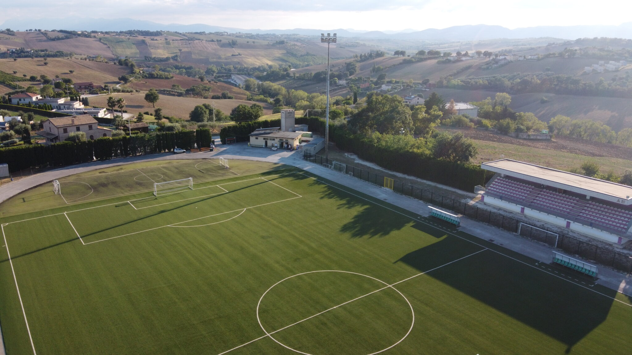 Montefano-Vigor Senigallia a porte chiuse